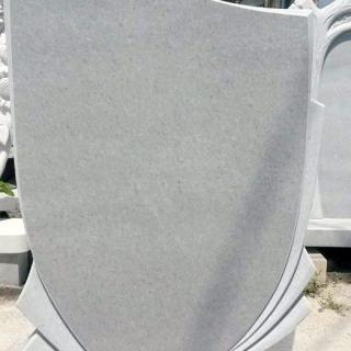 Надгробен паметник от мрамор Модел 16