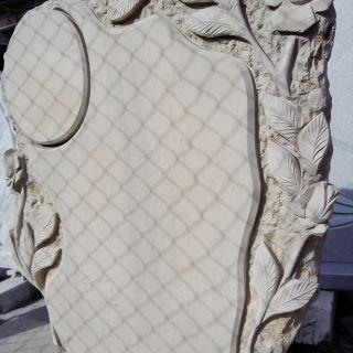 Надгробен паметник от варовик Модел 403