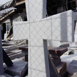 Надгробен паметник от мрамор Модел 17