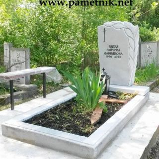 Надгробен паметник от мрамор Модел 35