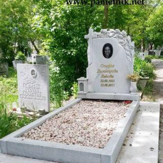 Надгробен паметник от мрамор Модел 69