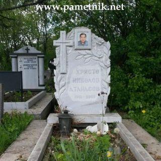 Надгробен паметник от мрамор Модел 26