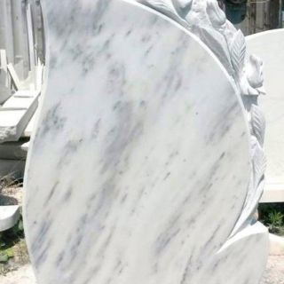 Надгробен паметник от мрамор Модел 15