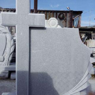Надгробен паметник от мрамор Модел 13