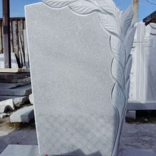 Надгробен паметник от мрамор Модел 12
