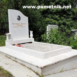 Надгробен паметник от мрамор Модел 80