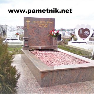 Надгробен паметник от гранит Модел 186
