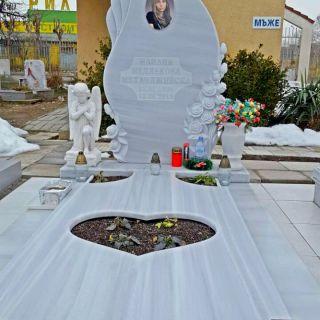 Надгробен паметник от мрамор Модел 305