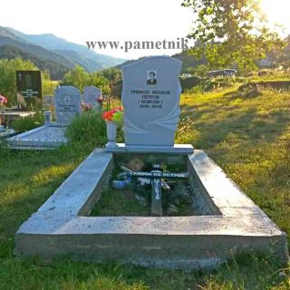 Надгробен паметник от мрамор Модел 316