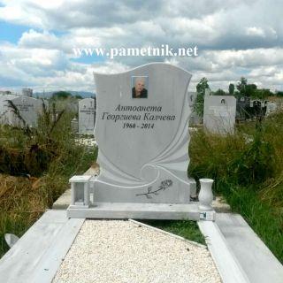 Надгробен паметник от мрамор Модел 309