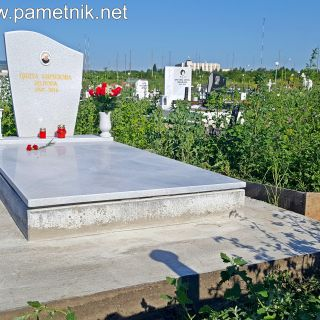 Надгробен паметник от мрамор Модел 319