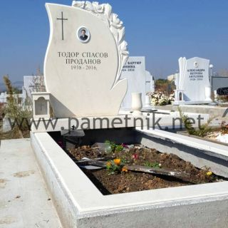 Надгробен паметник от мрамор Модел 600