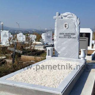 Надгробен паметник от мрамор Модел 602