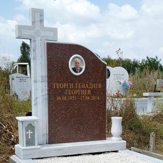 Надгробен паметник от гранит и мрамор Модел 706